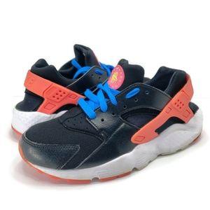 Nike Air Huarache, size 8.